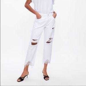 Zara white boyfriend ripped jeans